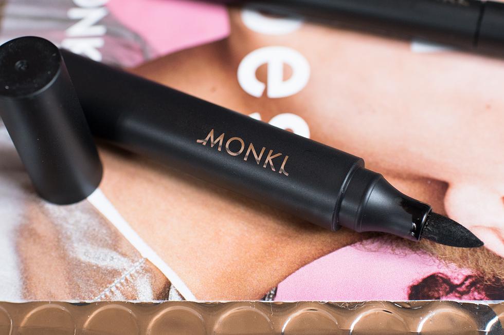 #faceitbabe monki makeup