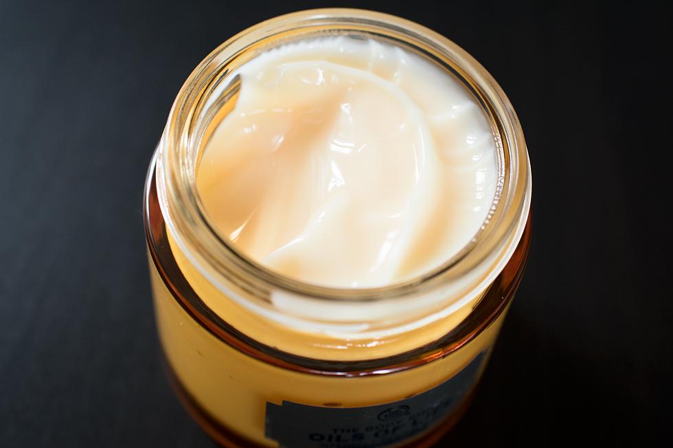The Body Shop Intensely Revitalising Sleeping Cream