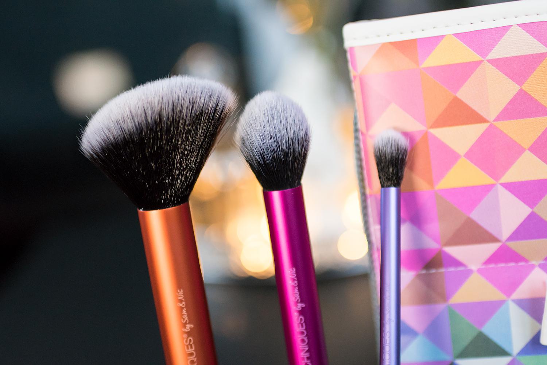 real techniques multimasking kabuki spotlight essentials brush set