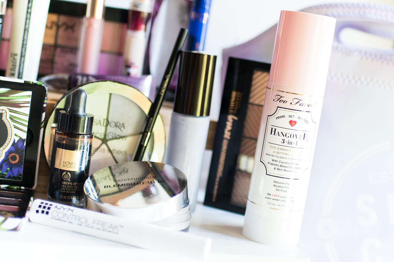 i min resenecessär 2017 smink makeup