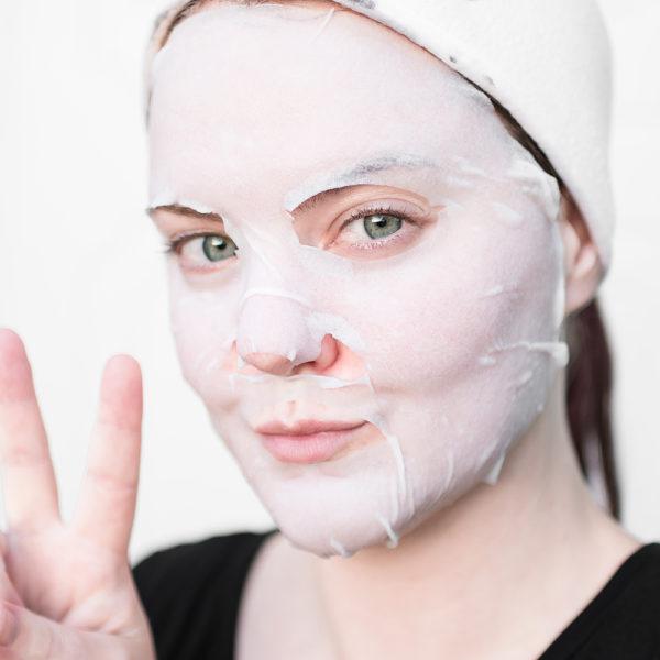 Garnier Moisture Bomb Sheet Mask Anti-Fatigue