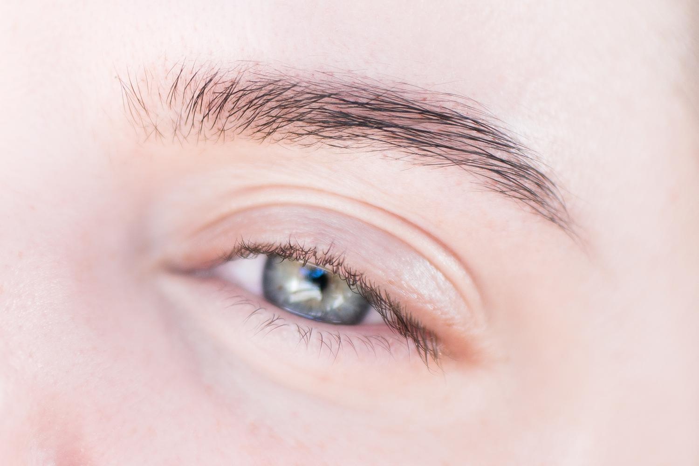 färga ögonbrynen hemma refectocil